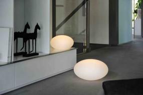 Deko Leuchte FLAT Globe M, Lithium Akku, DC 7,5V/600mA, 9 LEDs, 3 x weiss, 6 x RGB, 1,5 W,