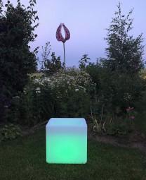 Deko Leuchte Flower Cube, L 35 | B 35 | H 35 cm cm, Lithium Akku, DC 7,5V/600mA, 18 LEDs, 6 x weiss